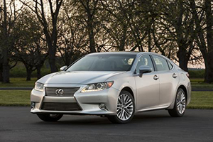 Now in its sixth generation, the redesigned 2013 Lexus ES breaks away from its 20-plus-year tradition of being a nice upscale Toyota Camry.